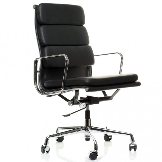 Chaise Inspiration Soft Pad EA219 par Charles & Ray Eames.