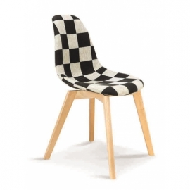 Chaise Tower Chess