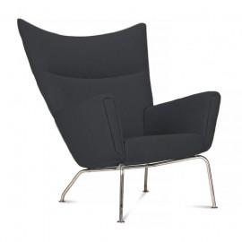 Réplique de la chaise à oreilles par le designer Hans J.Wegner