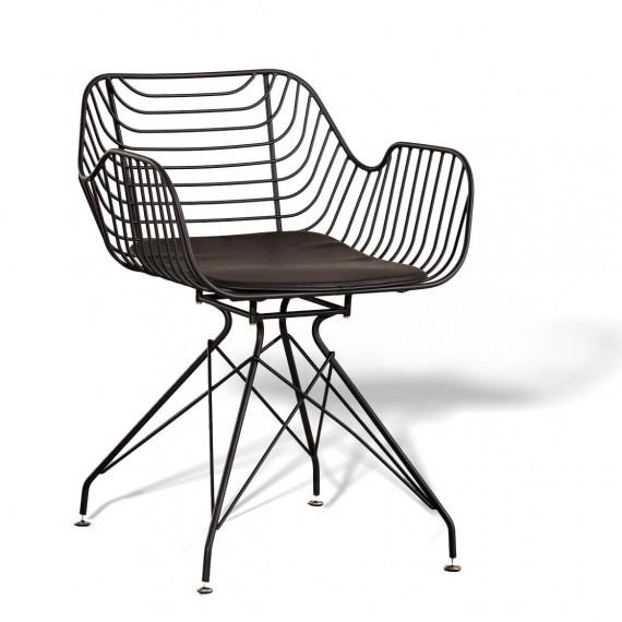 Chaise en métal Meridian adaptée pour l'extérieur