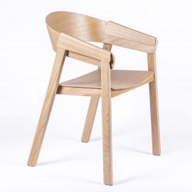 Chaise Charles sculptée à la main en bois de frêne