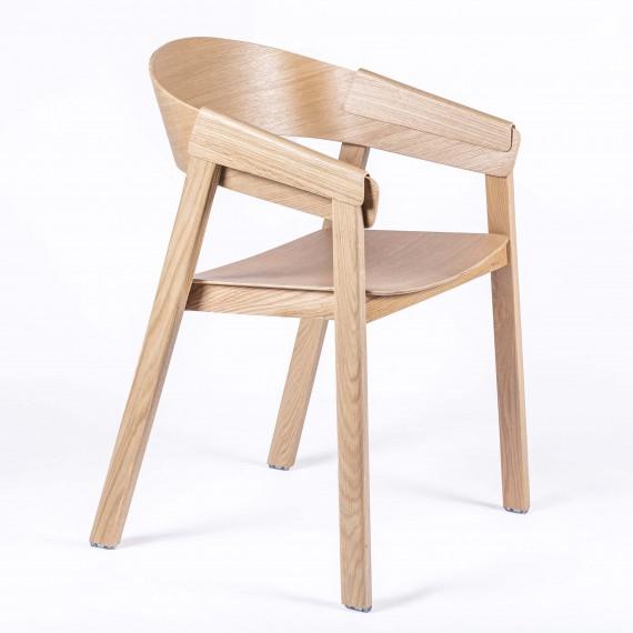 Chaise Charles sculptée à la main en bois de frêne de style nordique